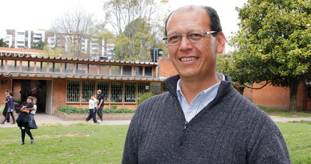 Profesor Francisco Páez - Área de Tecnología e informática